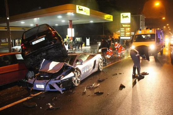 Lamborghini accidente