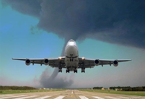 tornado avion